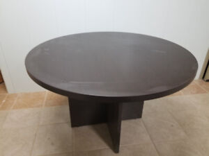 office table or kitchen table like new