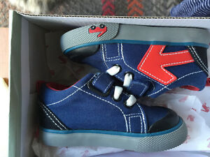 See Kai Run toddler shoes size 4