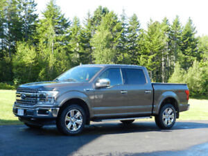 Ford F-150 Lariat 4x4 Crew Cab With 502A Pkg Nav and Sunroof