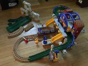 "GeoTrax ""Grand Central Station"" Train Set Regina Regina Area image 1"