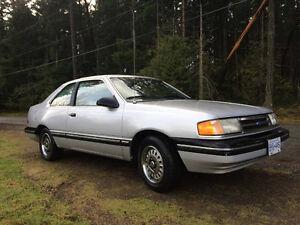 1989 Ford Tempo
