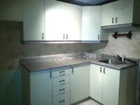 Armoires de cuisiene / Kitchen Cabinets