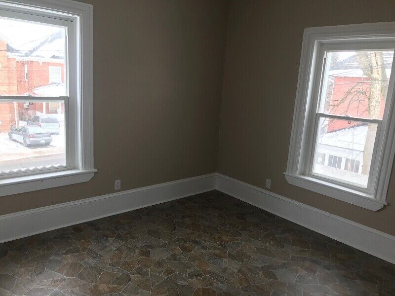 SMITHS FALLS 2 TWO BEDROOM APARTMENT LARGE UNIT FOR RENT ...