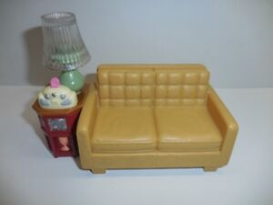 Fisher Price Loving Family  Sofa -- Radio Sound & Lamp Lig