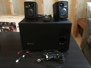 Corsair SP2500 2.1 computer speakers 232w