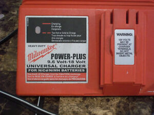 To buy, Milwaukee 18 Volt Battery Charger, Buyer in Moncton