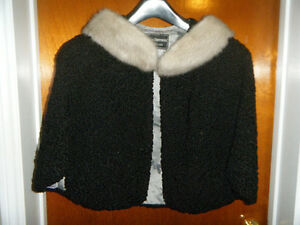 LAMBS WOOL JACKET