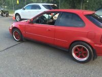 2000 Honda Civic hatchback looking to trade or sell 1200$ nego