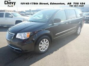 2015 Chrysler Town  Country TOURING  Double DVD System - Camera