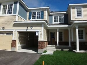 3 bdr NEW townhouse in Barrhaven for rent