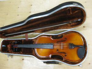 "Vintage Viola -  16"" Made in Hungary"