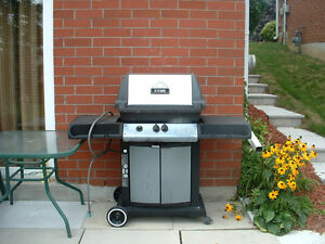BROILMATE BBQ