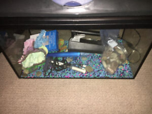 Price Negotiable -Aquarium with everything included + calm betta
