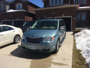 Chrysler Town and Country Limited Edition