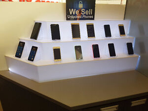 WE SELL UNLOCKED PHONES IN WEST EDMONTON MALL