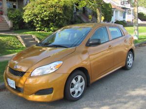 2009 Toyota Matrix-Low km.