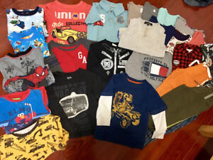 Size 3T boy's 28 clothes set for $22!