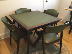 Card table set with 4 chairs 1950s