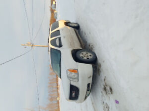 2008 Yukon xl safetied until March 27-buy now!