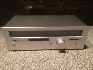 Sansui T80 Digital Tuner