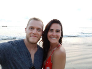 COUPLE LOOKING FOR ONE BEDROOM OR BACHELOR