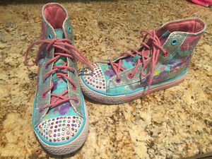 Girls size 13.5 Skechers Twinkle Toes High Tops