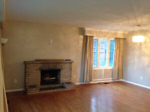ENTIRE 3+2 BR / 1+1 WR / 1+1 KT HOUSE FOR RENT - NEAR KENNEDY/EG