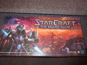 Starcraft the boardgame+expansion brood war condensed in one box
