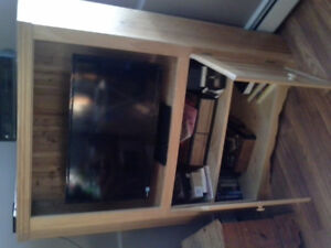 NS hand crafted TV Cabinet with storage cupboards!
