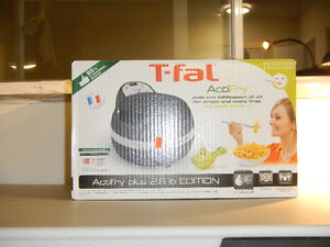 Used Very Good Condition T-fal Actifry plus 2.6 lb Fryer Kitchener / Waterloo Kitchener Area image 1