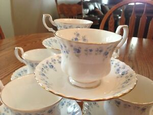 Cups and saucers Stratford Kitchener Area image 2