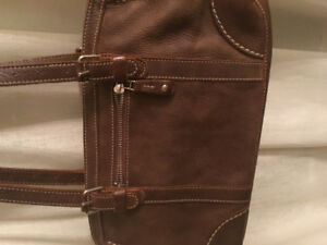 Roots doctor bag