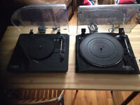 2 tables tournantes ION : PROFIL PRO & PURE LP turntables