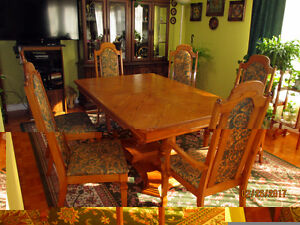 Dining table, 6 chairs, buffet/hutch, $ 800 OBO