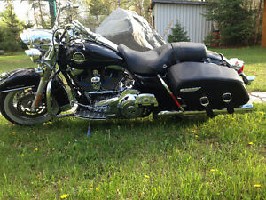 Harley Road king 2009 seulement 11500 km