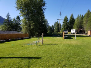 Serviced RV lots, Moyie Lake townsite