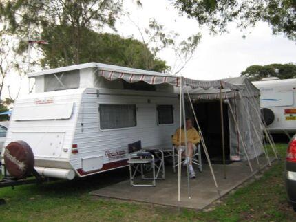 Caravan Roadstar