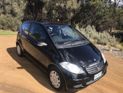 Selling 2006 Mercedes A150 ( 5 speed manual)
