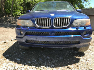 2006 BMW X5 **FOR PARTS** (inside & outside)
