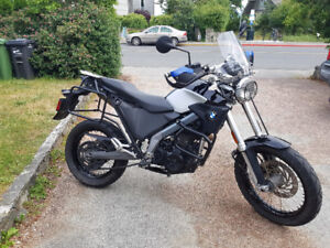 BMW G650 X-Country motorcycle - in MINT condition!!