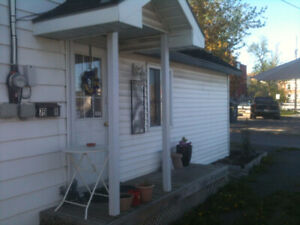 Napanee, downtown, one bedroom apartment
