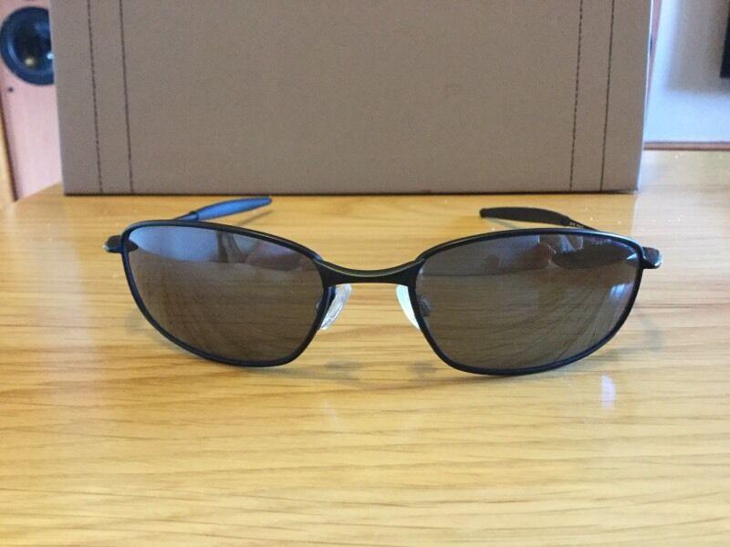 ab97a2ea953 Oakley whisker 05-715 sunglasses