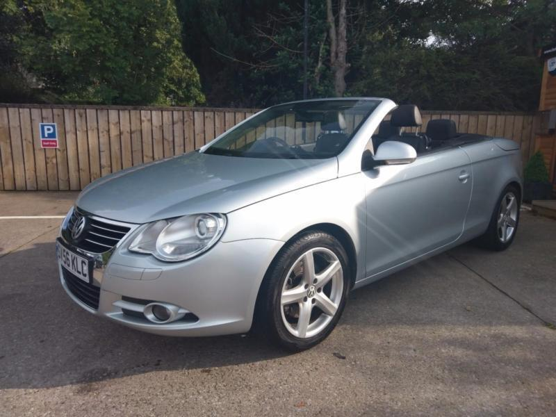 2007 VOLKSWAGEN EOS 2.0 T-FSI COUPE SPORT CONVERTIBLE IN SILVER