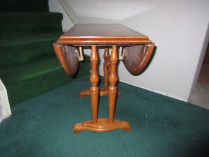 DROP-LEAF SIDE TABLE by Roxton Cambridge Kitchener Area image 2