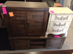 Dressers and Night Stands Cambridge Kitchener Area image 3
