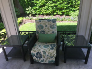 Lightly-Used High-End Outdoor Patio Furniture!