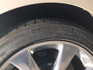 Michelin P225/45R17 90v runflat tires