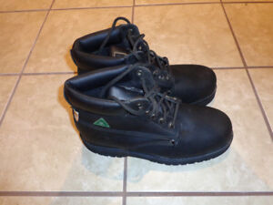 Altra Industrial Size 9 Safety Steel Toe
