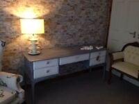 Dressing table grey / white