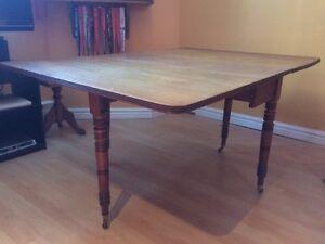 table à abattants antique